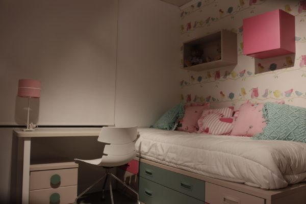 Dormitorio en laminado con canto radio 10 - Gorostidiideas